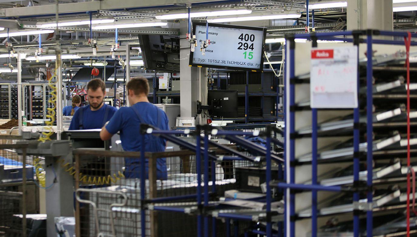 Firma zapewniła, że priorytetem jest bezpieczeństwo pracowników (fot. PAP/Lech Muszyński)