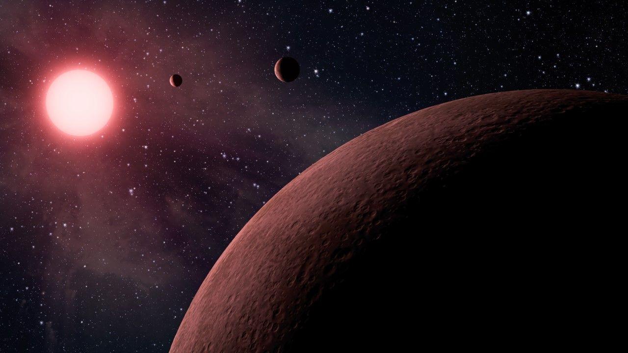 Astronomom udało się po raz pierwszy sfotografować bezpośrednio układ złożony z więcej niż jednej planety wokół gwiazdy podobnej do Słońca (zdjęcie ilustracyjne) (fot.  Universal History Archive/Universal Images Group via Getty Images)