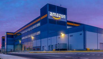 Najbardziej wartościową marką na świecie jest Amazon (fot. Shutterstock/Mike Mareen)