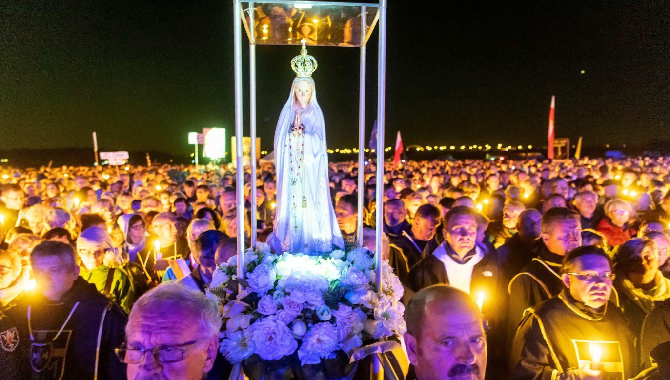 """Jak stwierdził Krzysztof Czabański, większość mediów nie zwróciła uwagi na akcję """"Polska pod Krzyżem"""" (fot. PAP/Tytus Żmijewski)"""