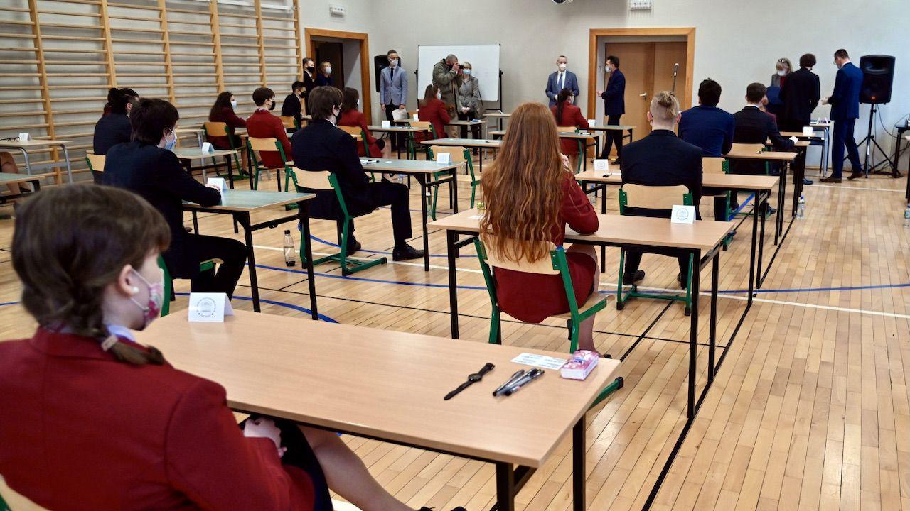 Trzeci dzień egzaminów maturalnych (fot. PAP/Marcin Bielecki)