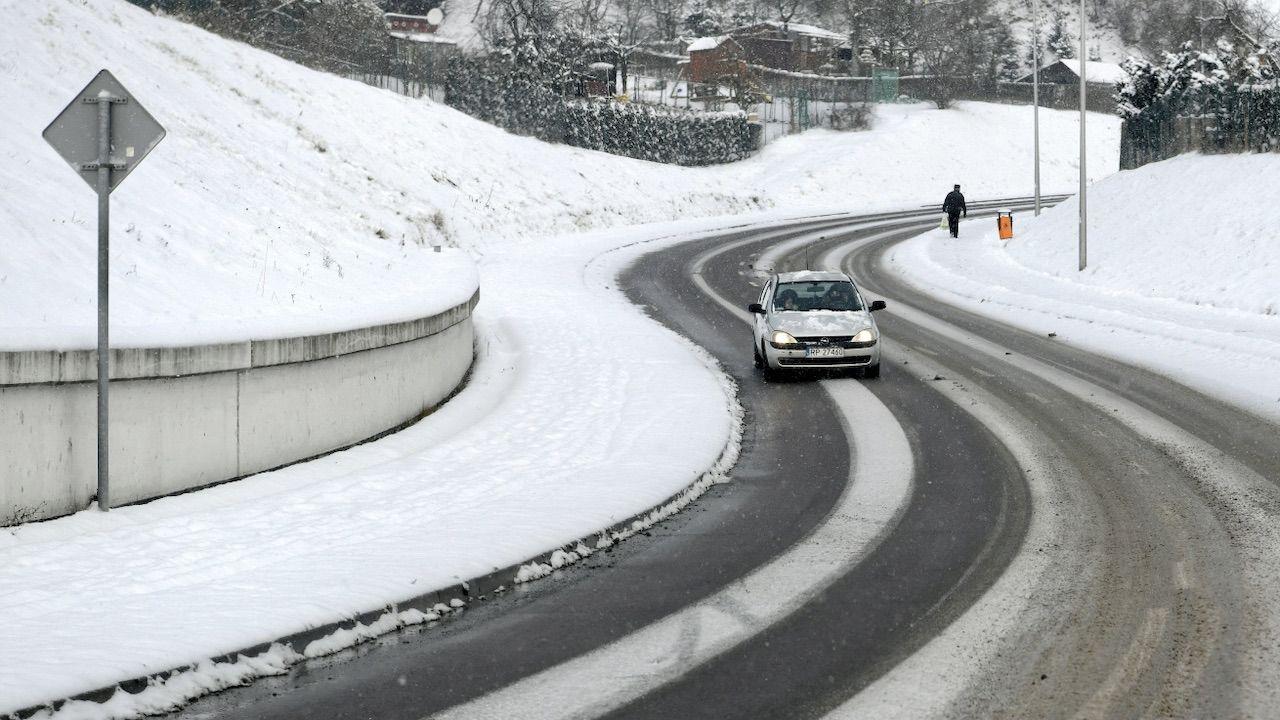 Na północy kraju temperatura może spaść nawet do -18 st. C (fot. PAP/D.Delmanowicz)