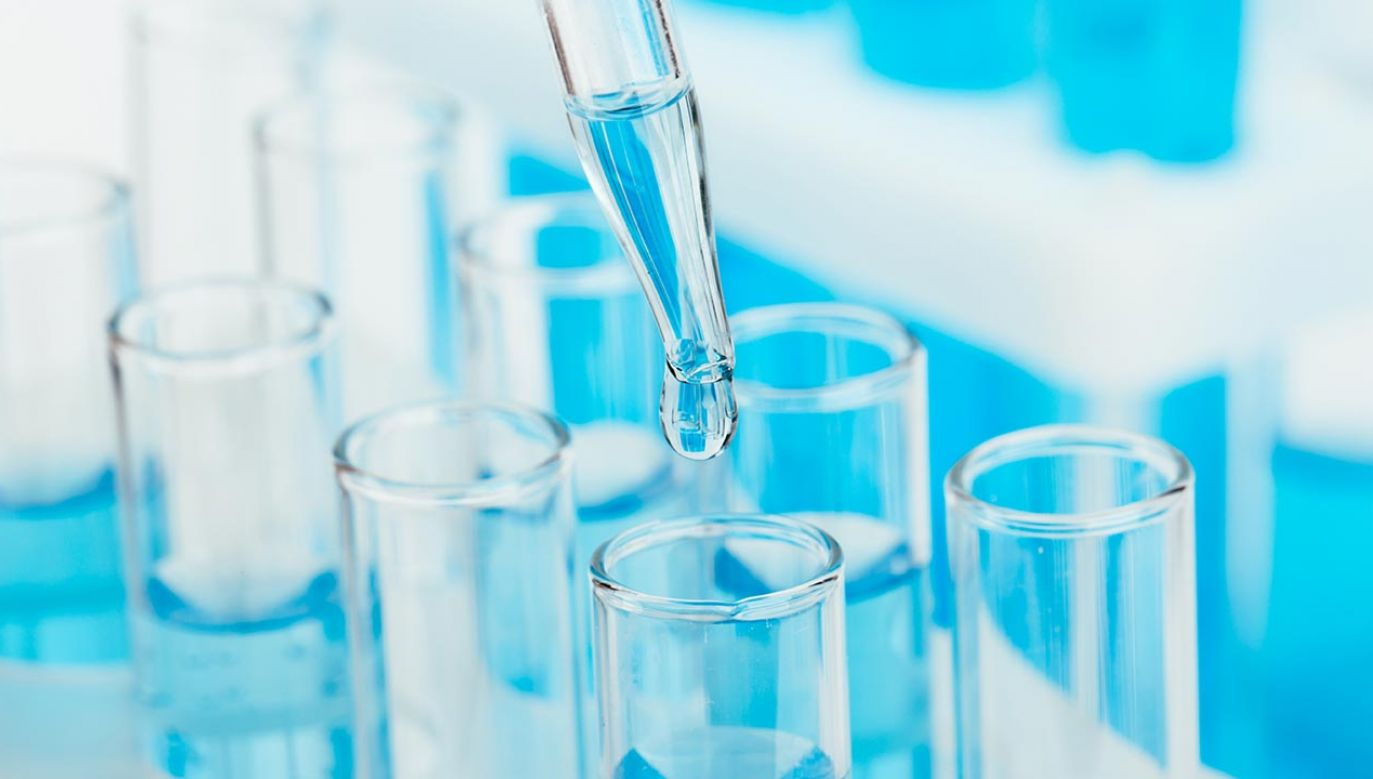 Wiele procesów próbuje się odtworzyć w warunkach laboratoryjnych (fot. Shutterstock/Nana_studio)