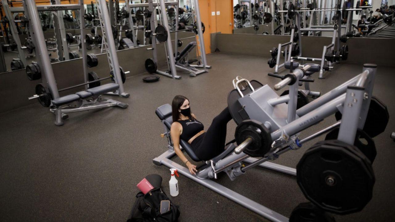 Osoby łączące różne aktywności ćwiczą więcej (fot. Cole Burston/Bloomberg via Getty Images)