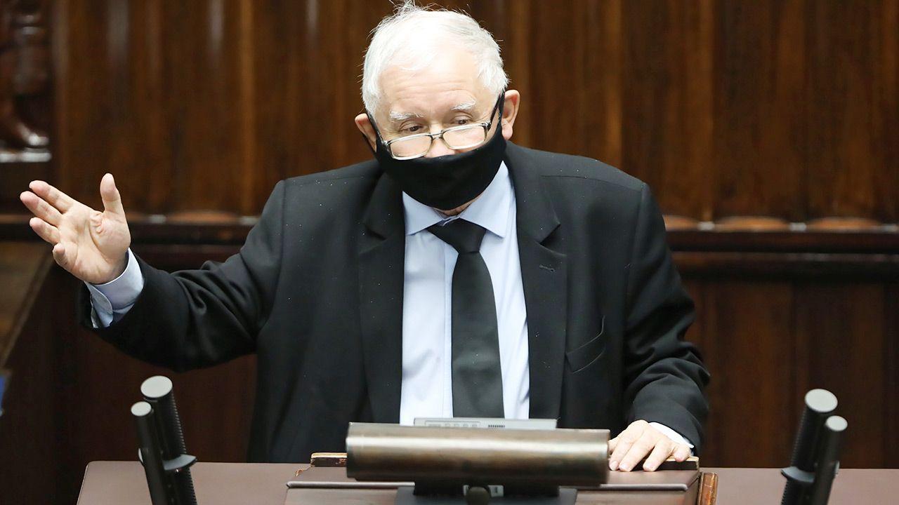 Jarosław Kaczyński o lewicowym zwrocie Platformy Obywatelskiej (fot. PAP/Wojciech Olkuśnik)