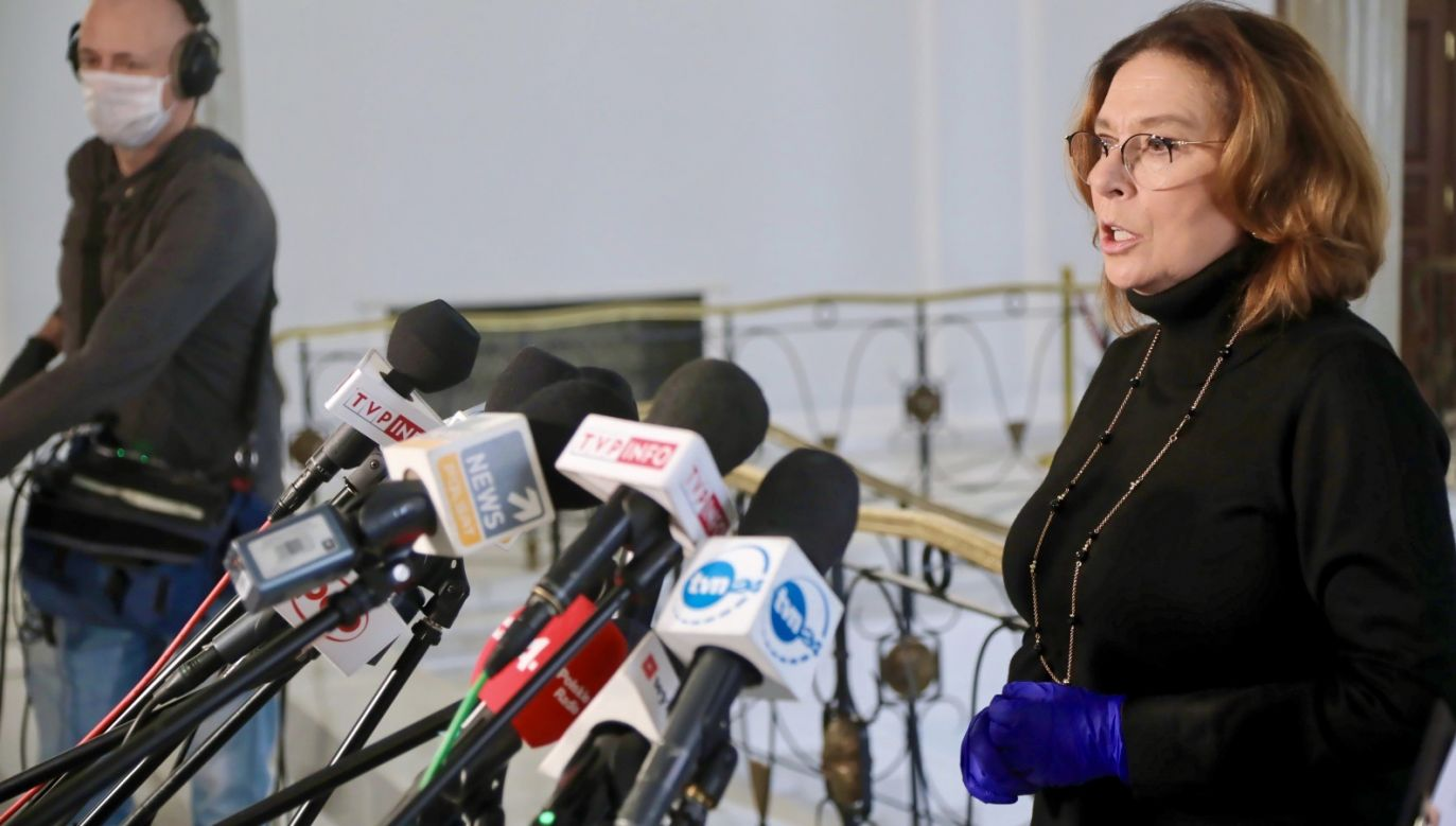 Małgorzata Kidawa-Błońska w ostatnim sondażu prezydenckim zajmuje dopiero 3 miejsce (fot. PAP/Wojciech Olkuśnik)