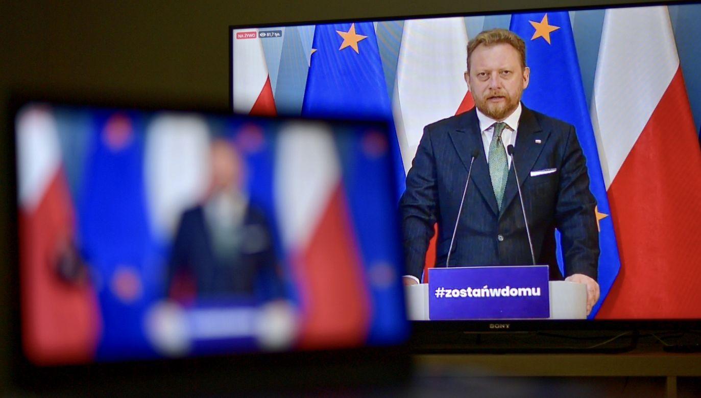 Muszę mieć realne podstawy, znać krzywe zakażeń – wyjaśnił Łukasz Szumowski (fot. PAP/Marcin Obara)