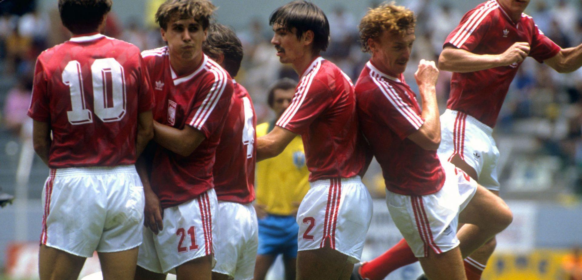 76abbd953e092a W drugiej połowie lat 80. zeszłego stulecia polska piłka zaczęła ...