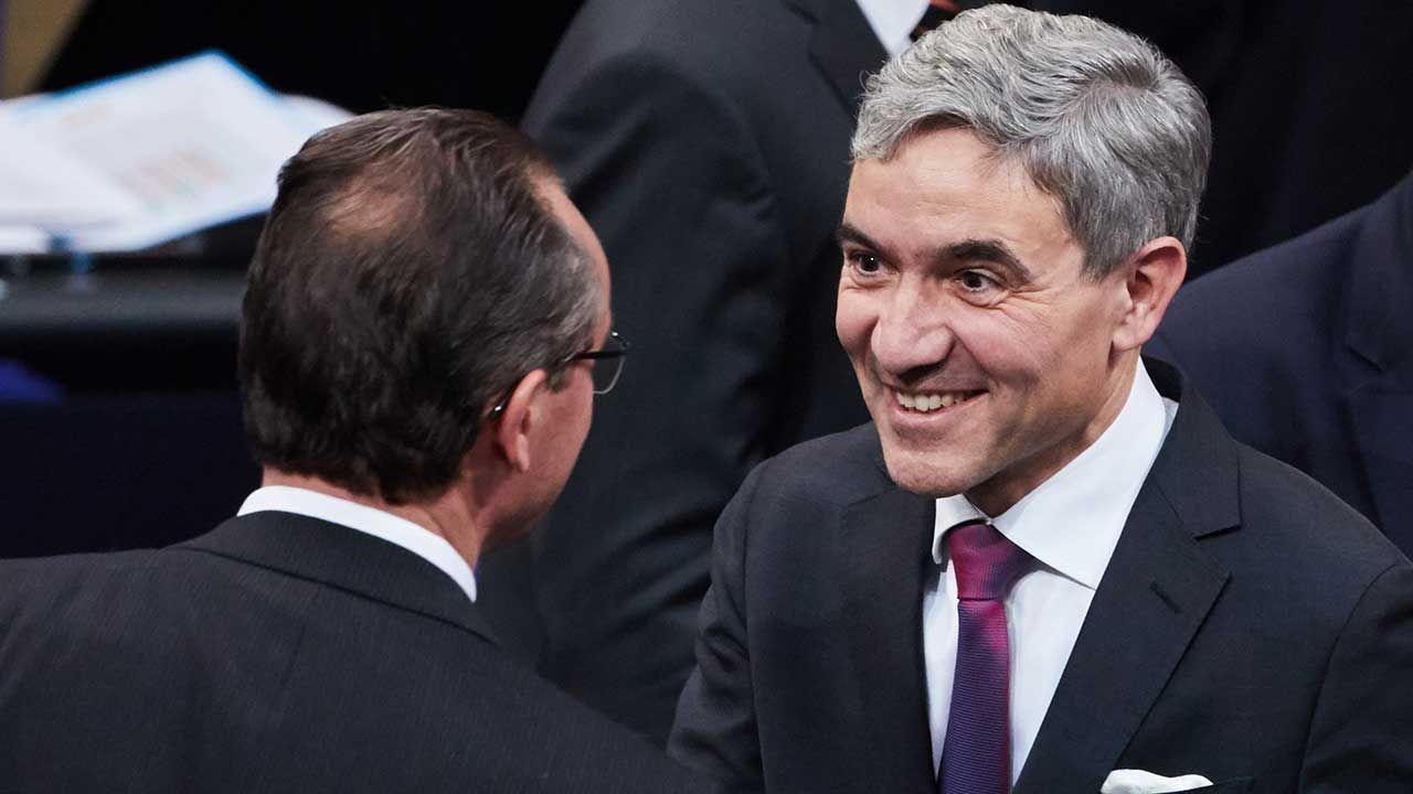 W czwartek Bundestag, czyli pierwsza izba parlamentu Niemiec, wybrał Harbartha w tajnym głosowaniu na sędziego Trybunału Konstytucyjnego (fot. arch. PAP/EPA/HAYOUNG JEON)