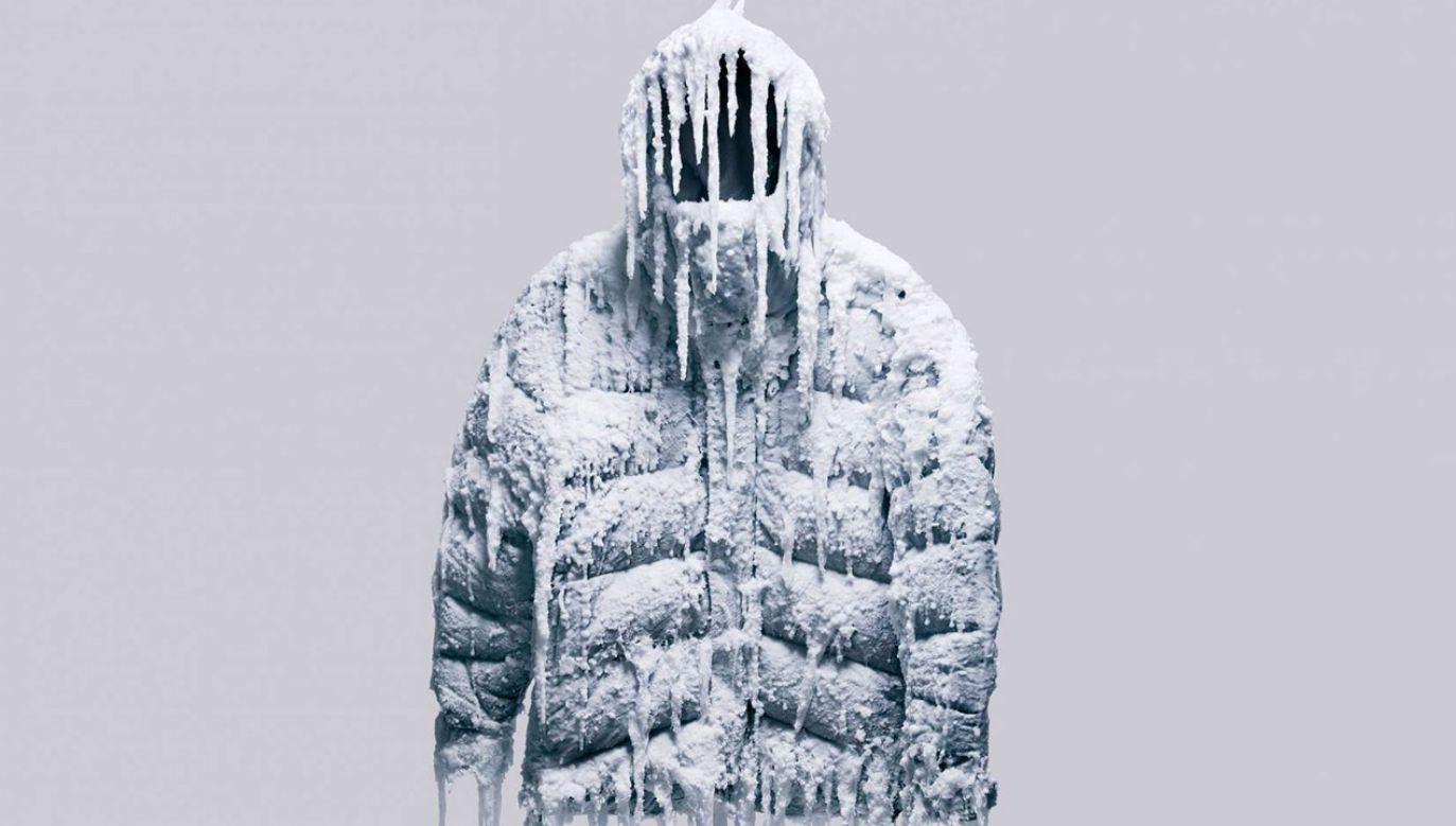 Do wypełnienia kurtki nie użyto kaczego puchu, ale syntetyczne włókna plastiku (fot. Vollebak)