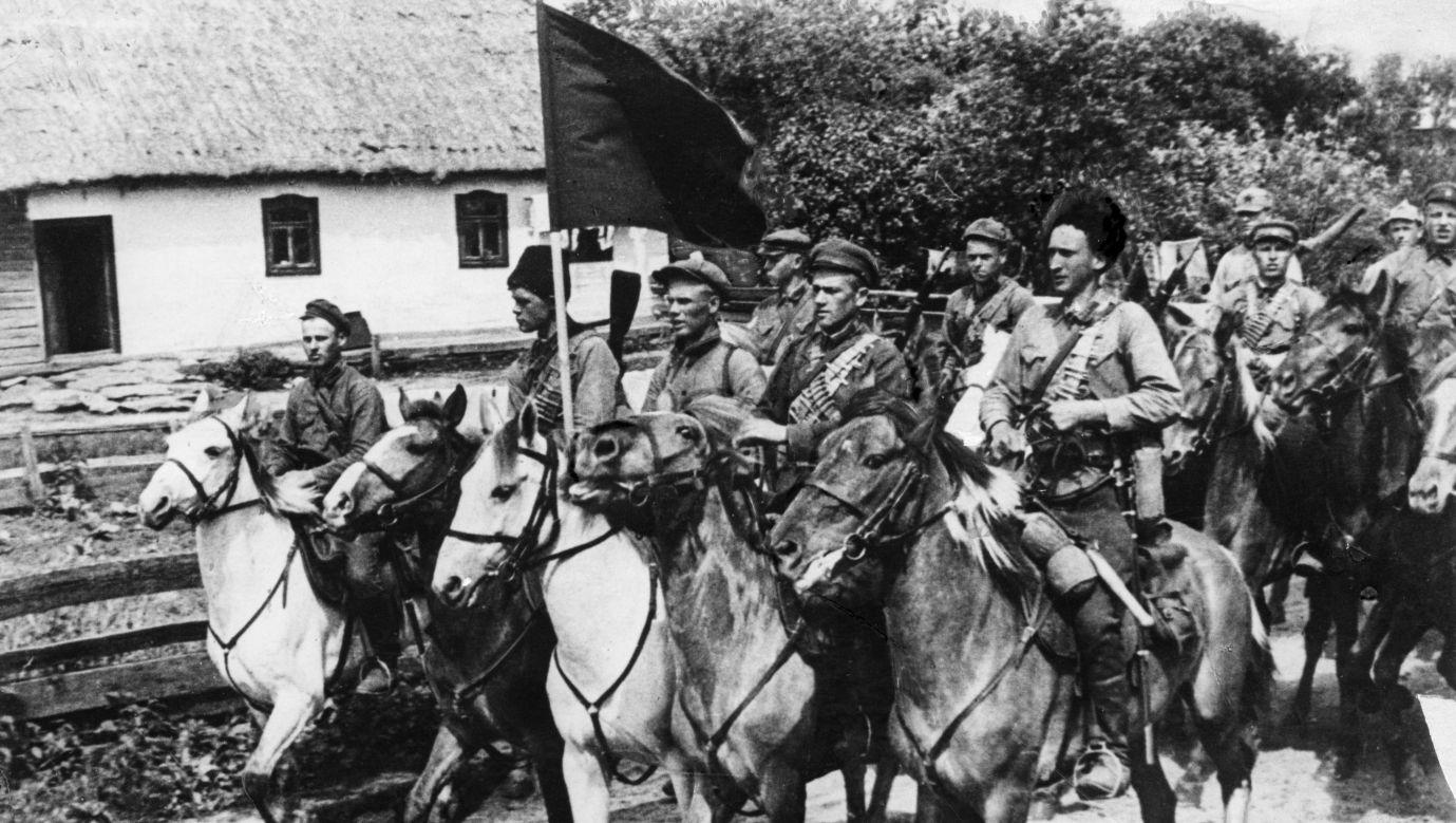Pierwsza armia konna Siemiona Budionnego, chluba bolszewików w czasie wojny domowej w Rosji (1919-1922). Fot. Sovfoto/Universal Images Group via Getty Images