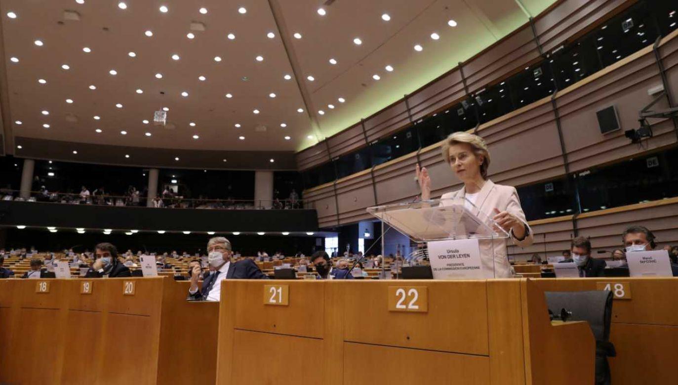 PE odrzucił poprawki polskich europosłów (fot. PAP/EPA/YVES HERMAN / POOL)