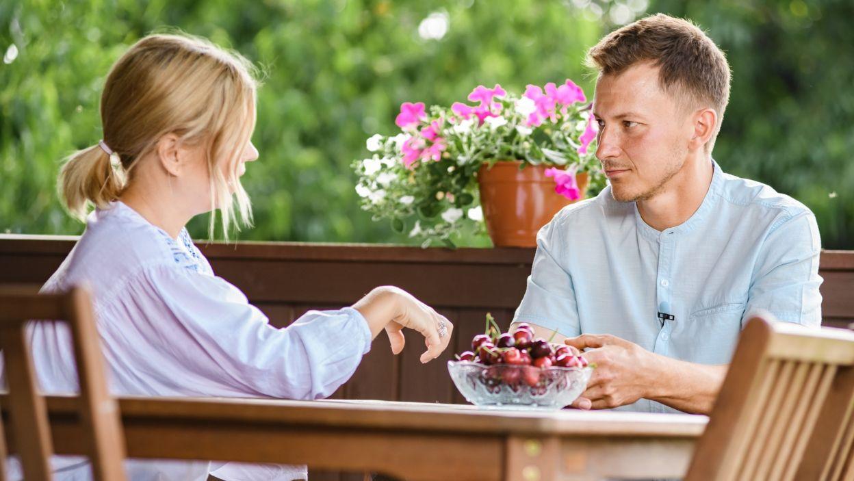 Maciek jest bardzo zadowolony, że przyjeżdżają do niego dziewczyny. Jak mówi Marcie, ma motyle w brzuchu (fot. TVP)