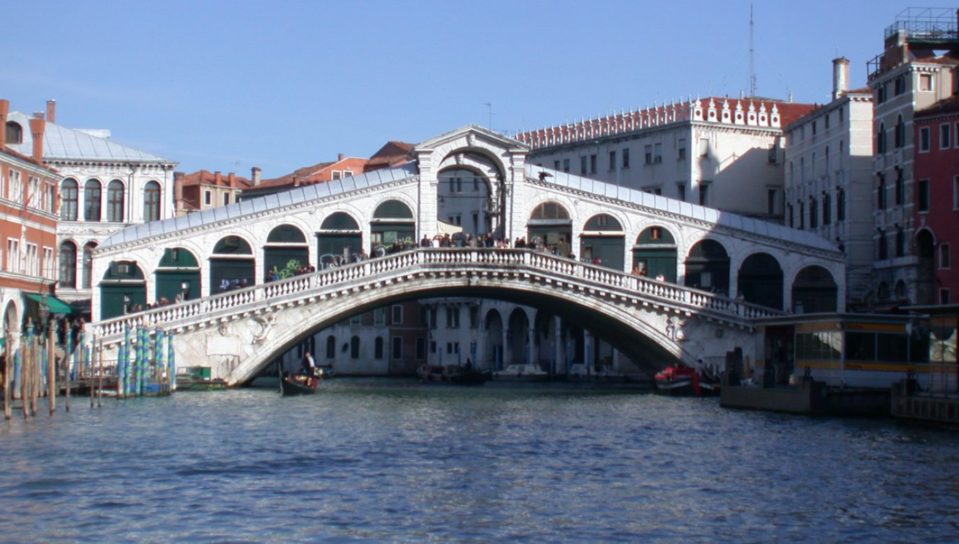 Most Rialto w Wenecji (fot. Wikimedia Commons/Gvf)
