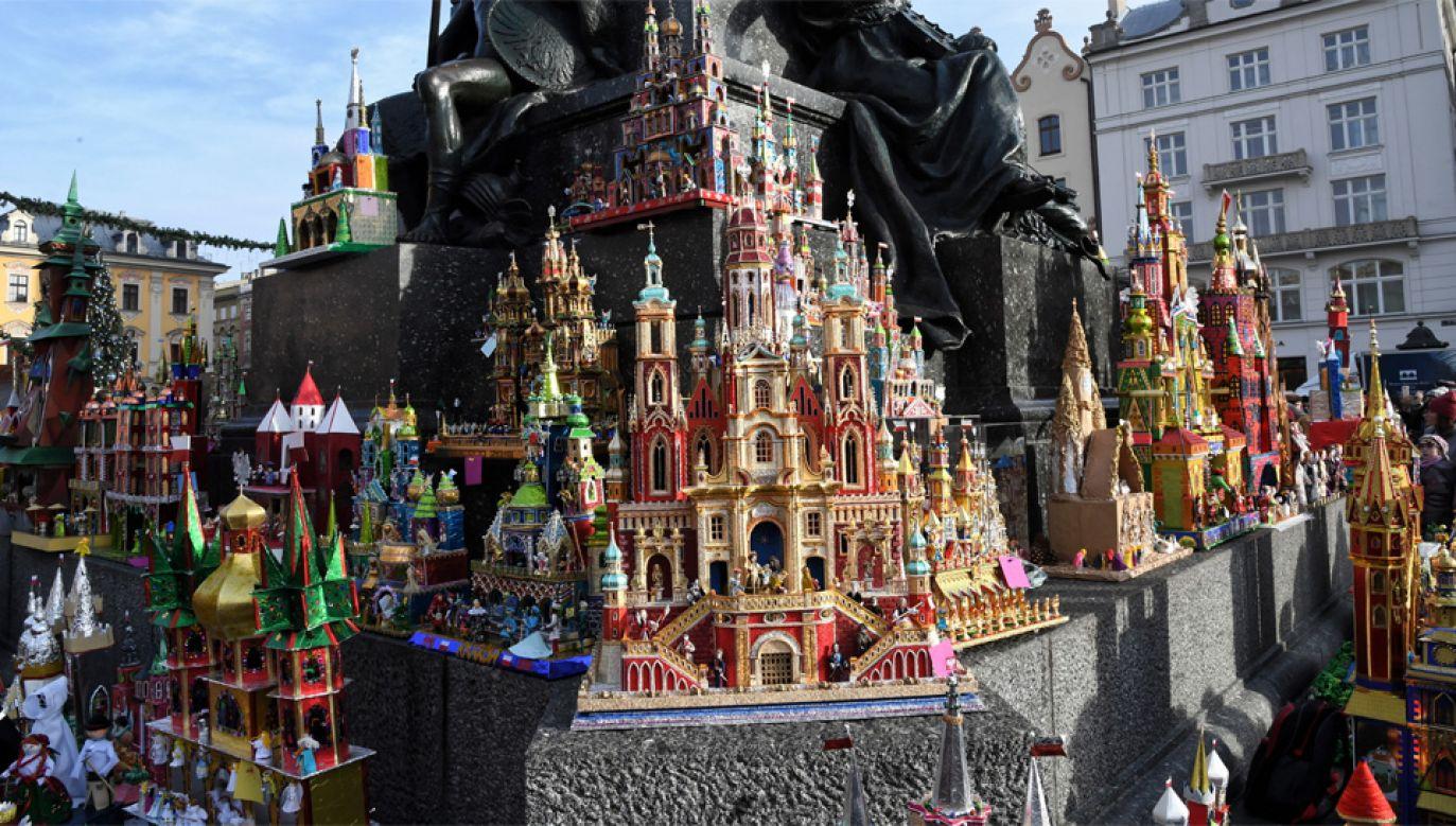 Szopkarstwo krakowskie trafiło na Listę reprezentatywną niematerialnego dziedzictwa kulturowego ludzkości UNESCO (fot. PAP/Jacek Bednarczyk)