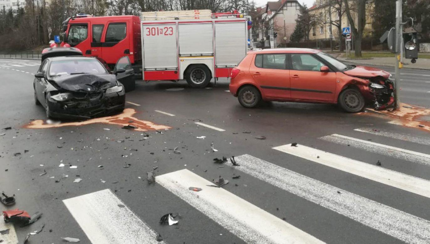 Jedna osoba została poszkodowana (fot. tt/@kmpolsztyn)