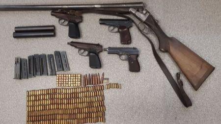 Za nielegalne posiadanie broni grozi do 8 lat pozbawienia wolności (fot. policja.pl)