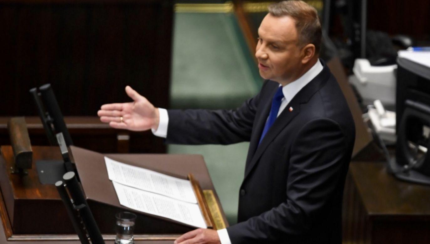 Andrzej Duda zwyciężył w II turze wyborów prezydenckich  (fot. PAP/Radek Pietruszka)