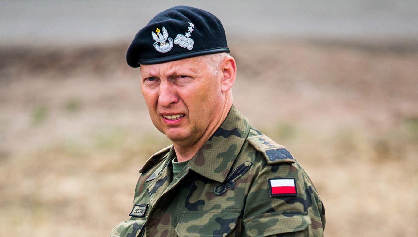 Gen. Różański to były dowódca rodzajów sił zbrojnych (fot. arch.PAP/Tytus Żmijewski)